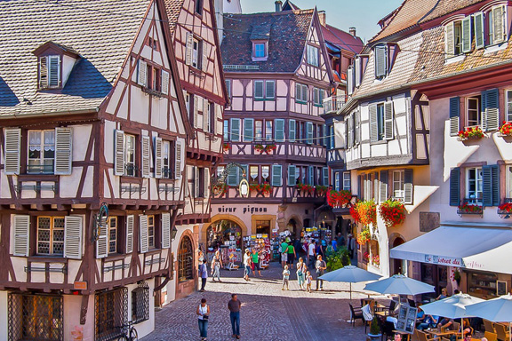 Romantic and cultural Colmar